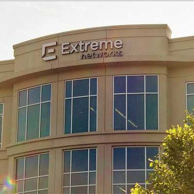 extreme_networks_hq400